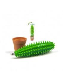 Pero - kaktus v črepníku